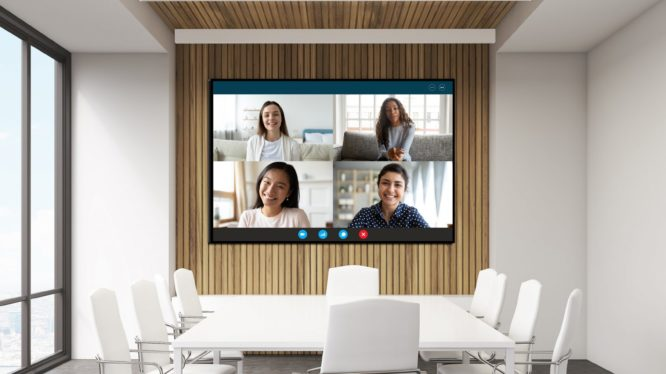 会議やセミナーに! 会議室にLEDビジョンを導入するメリット