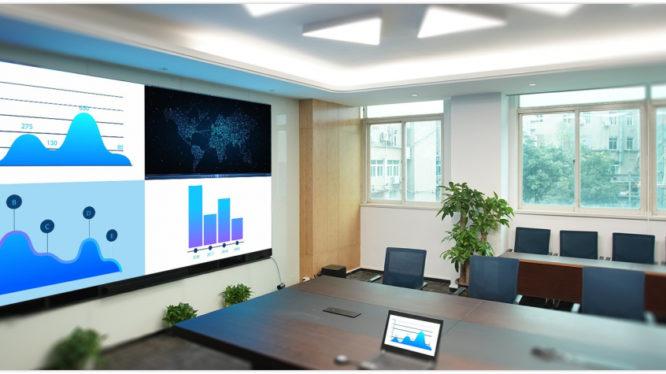 会議室・セミナールームへ広がる超高精細LED TV