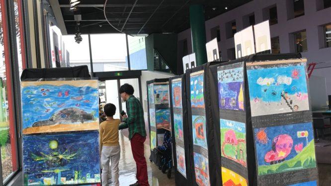 「ミライの車」絵画展、LEDビジョン×イベント連動企画